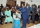 Présidentielle 2018: Paul Biya a voté à 12h