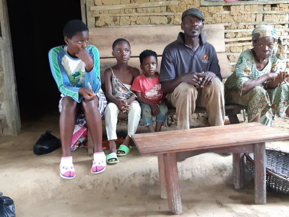 Children in Lindoi Cameroon
